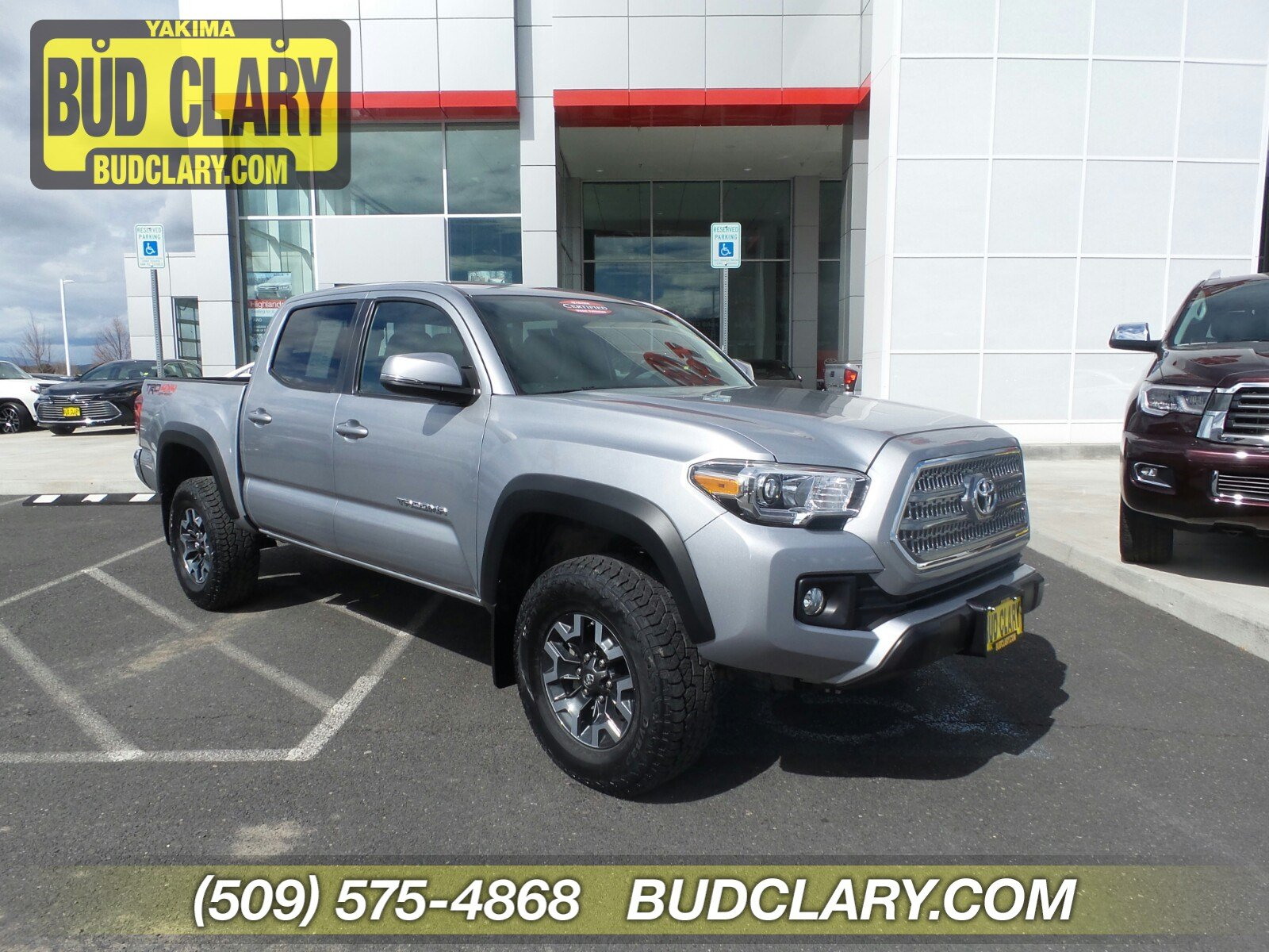Pre Owned 2017 Toyota Tacoma Trd Off Road Double Cab 5 Bed V6 4x4 At