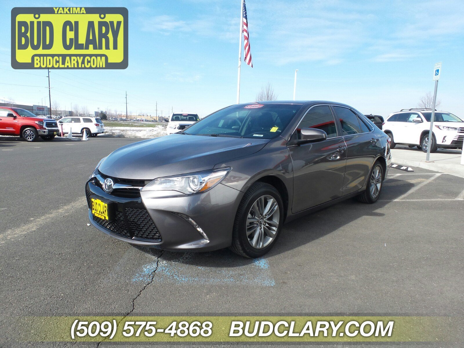 New 2017 Toyota Camry SE