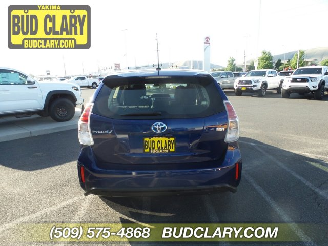 Certified Pre-Owned 2016 Toyota Prius v Three