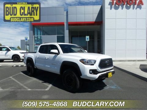 Pre-Owned 2018 Toyota Tacoma TRD Off Road Double Cab 5' Bed V6 4x4 MT