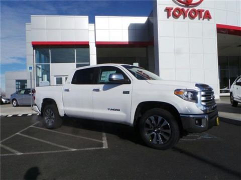 2020 Toyota Tundra Limited 5.7L V8 4x4 CrewMax 5.6 ft. box 145.7 in. WB